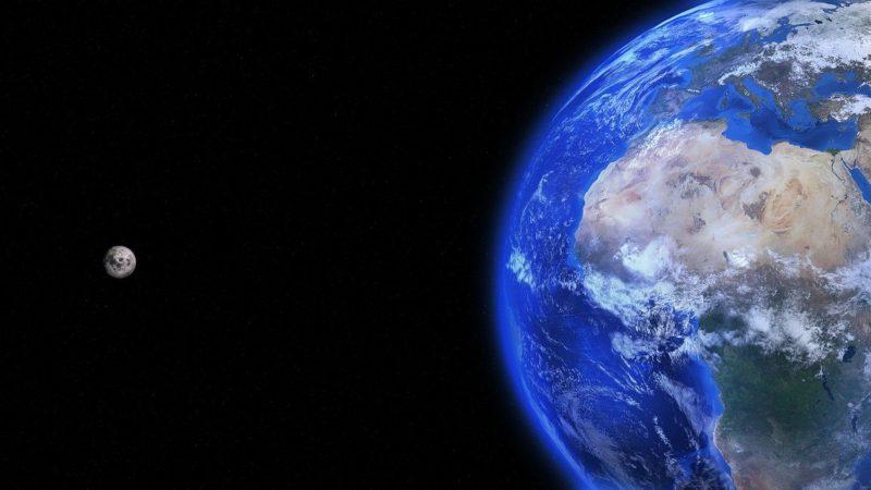 Карту Мир будут принимать крупные торговые сайты!
